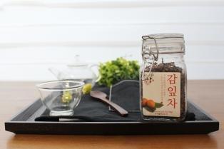 비타민 C 가 풍부한 감잎차 효능과 차내리는 법